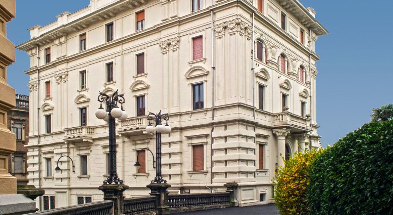 studiolegalegiannone-slider-003-palazzo-giardini-1184x640